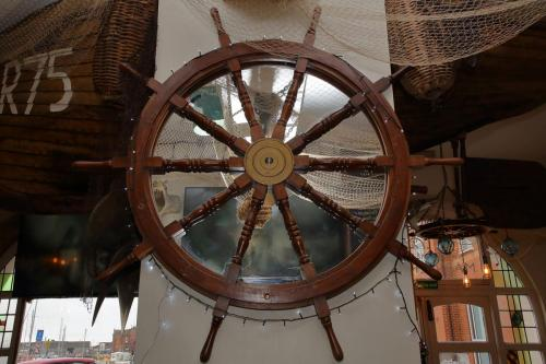 Mariners - Helm